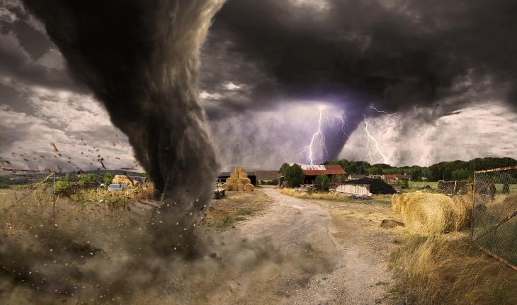 meteorologists-predict-tornados[1].jpg